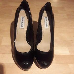 Stunning Steve Madden Leather Heels